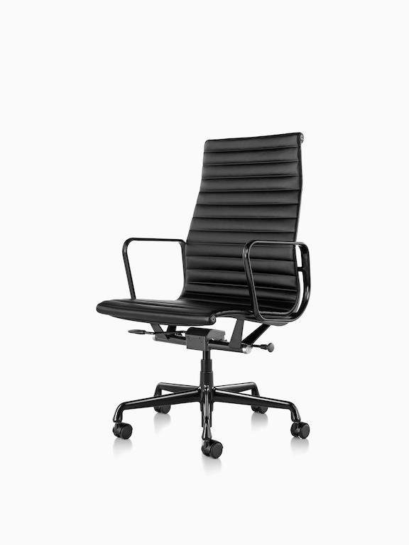 Eames Aluminum Group 铸铝高背座椅