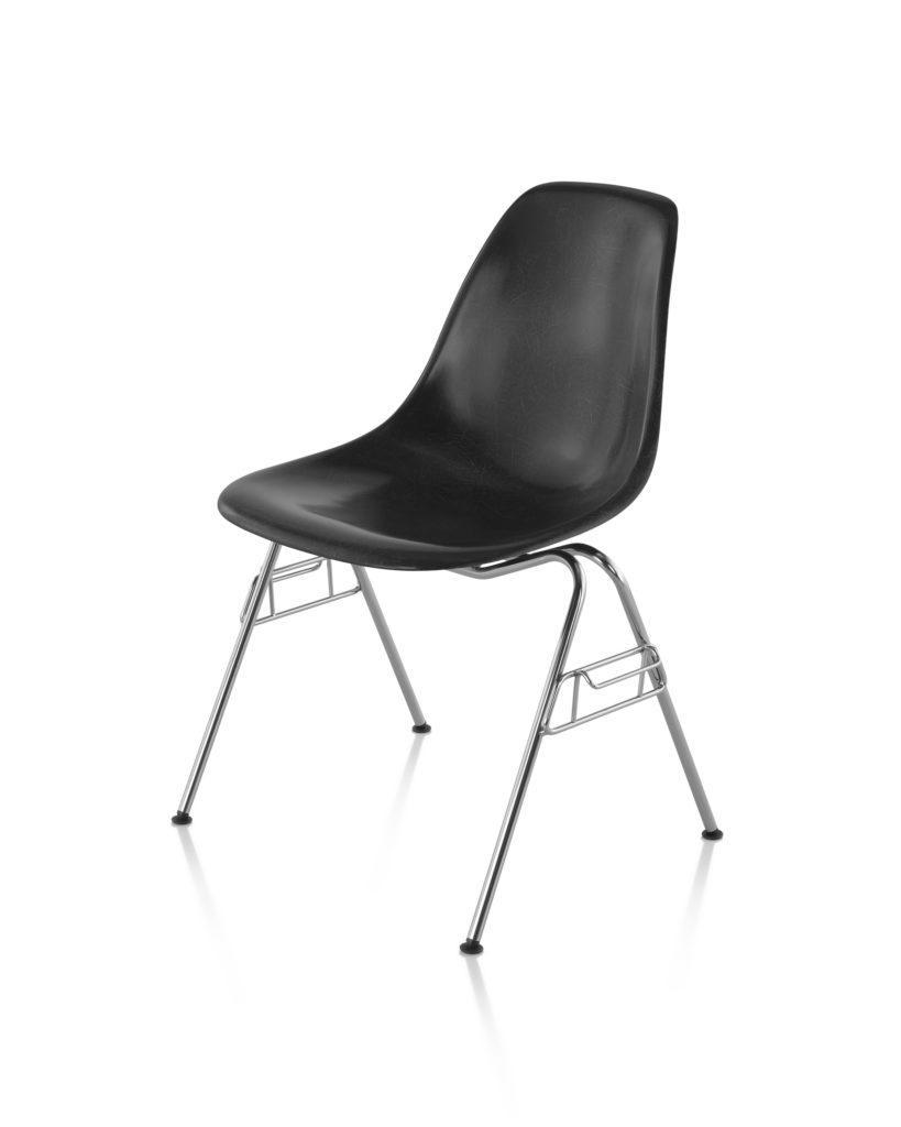Eames 堆叠底座玻璃纤维单椅¥ 6,274.00