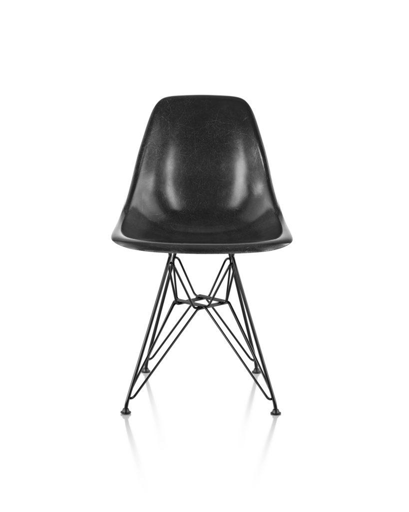 Eames 金属底座玻璃纤维单椅¥ 6,003.00