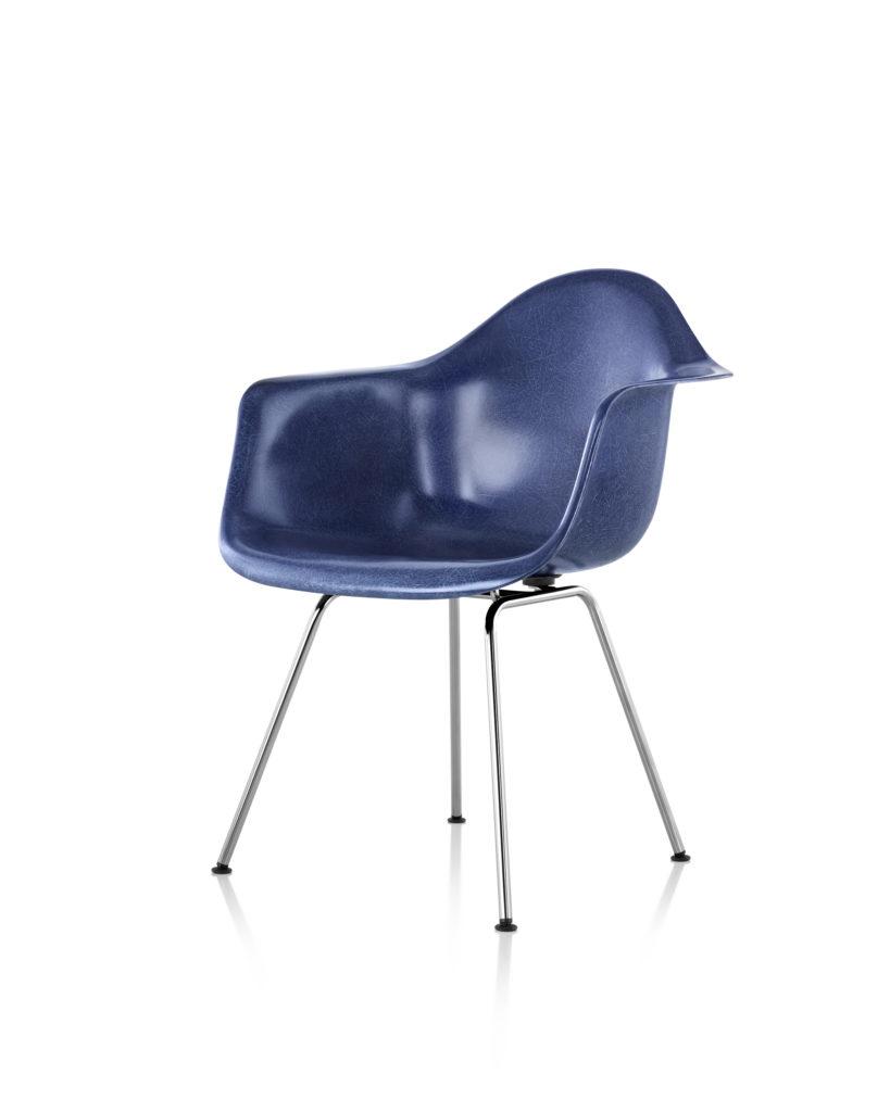 Eames 4腿底座玻璃纤维扶手椅¥6,961.00