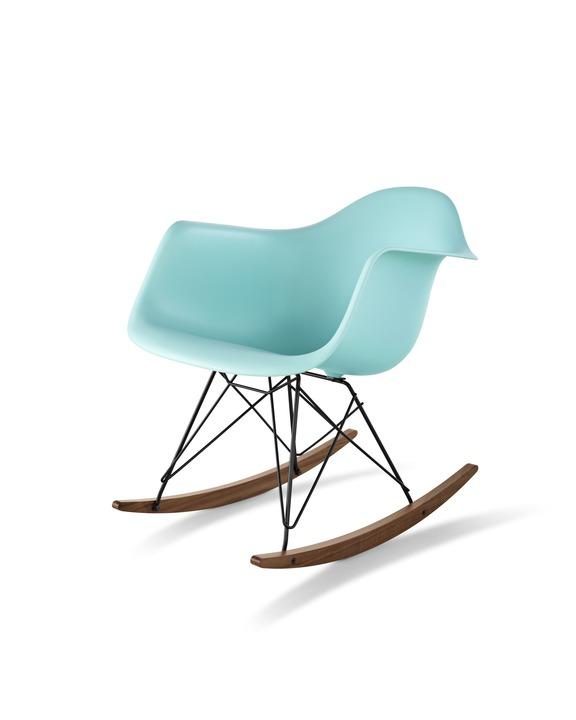 Eames 摇杆底座塑壳扶手椅 ¥ 6,364.00