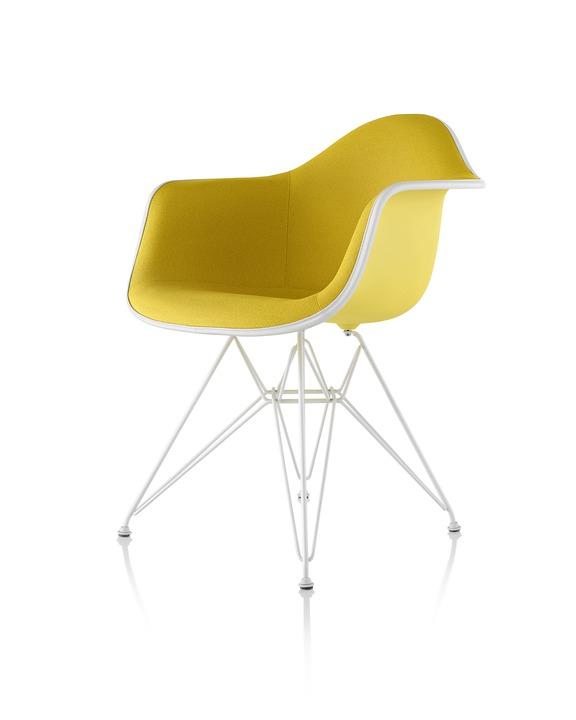 Eames 金属底座正面软包塑壳扶手椅
